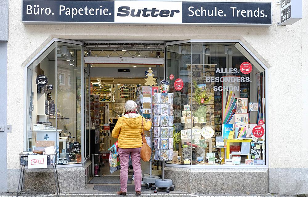 zFriburg_Schaufenster_Hang_Tags_5_1000x